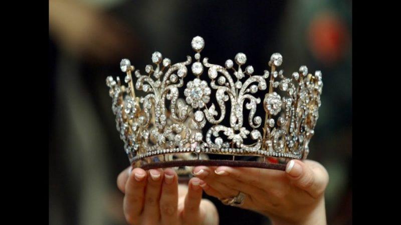 Как не запутаться в отношениях с Короной Любви?